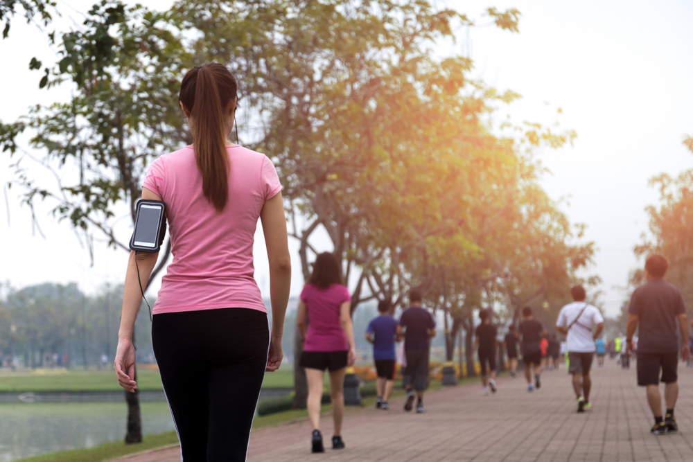 various-health-benefits-of-vitamin-w-walking