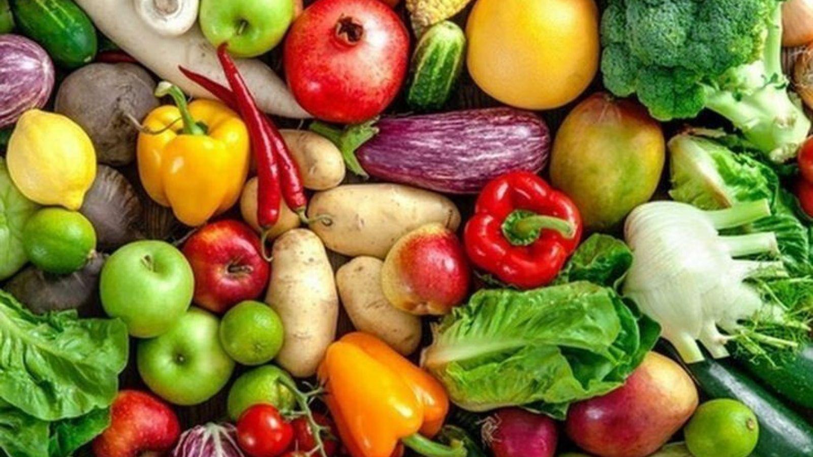 cleaning veggies