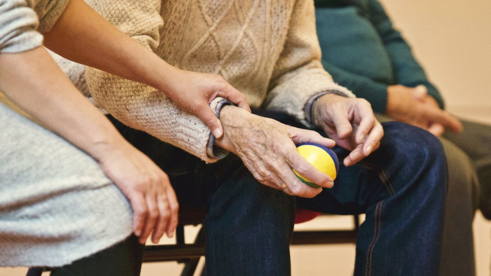 how-can-seniors-stay-safe-healthy-during-lockdown
