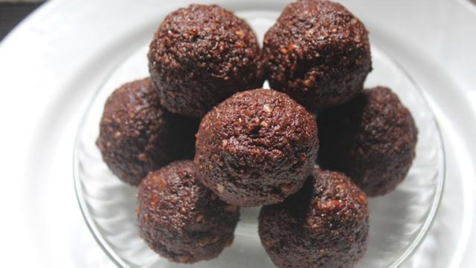 Coconut Cacao Laddoos