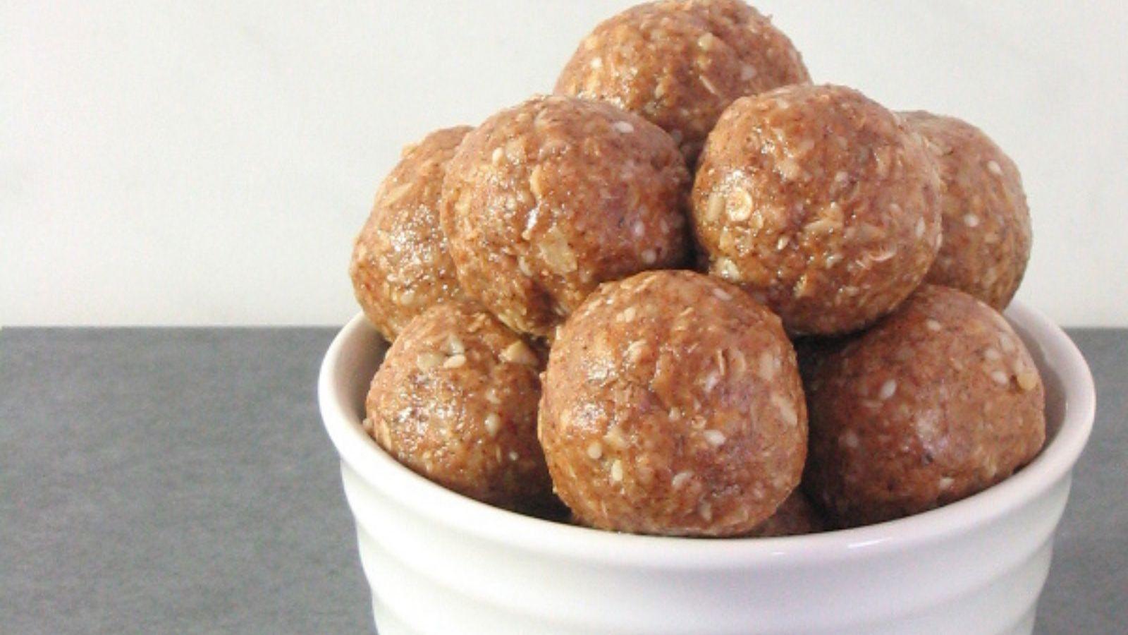 coffee-and-walnut-no-bake-energy-bites