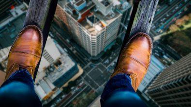 vertigo-symptoms-causes-and-ways-to-handle-it-through-lifestyle-changes