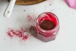 homemade-lip-balm