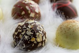 8-healthy-sweets-to-make-at-home-this-festive-season